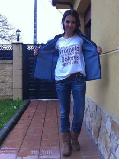 paula echevarria con camiseta de dolores promesas invierno