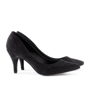 zapato h&m punta negro