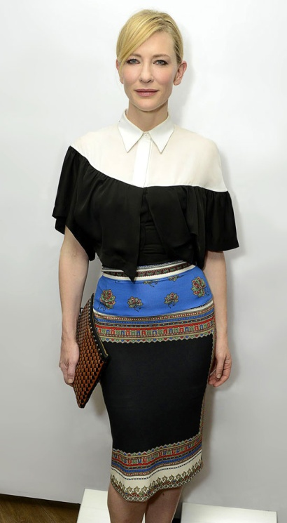 moda-fashion-pasarela-desfile-catwalk-fashion-week-alfombra-roja-red-carpet-modaddiction-trends-tendencias-estrellas-people-cate-blanchett-givency-croisiere-1.jpg w=620